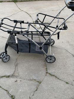 Baby Trend Snap-N-Go Double Universal Double Stroller for Sale in Fresno,  CA