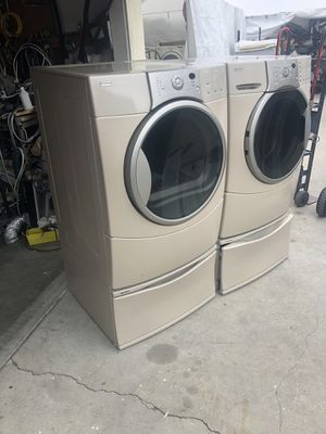 KENMORE WASHER AND GAS DRYER IN EXCELLENT WORKING CONDITION for Sale in West Covina, CA