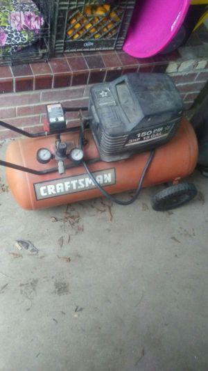 Craftsman 150 psi 3hp 15gallon air compressor for Sale in Fresno, CA