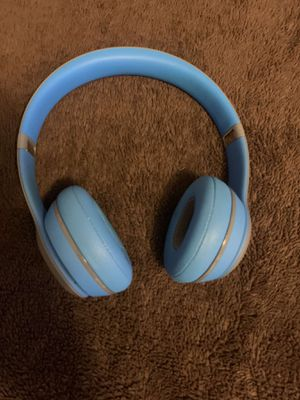 Beats solo 2 headphones for Sale in Houston, TX