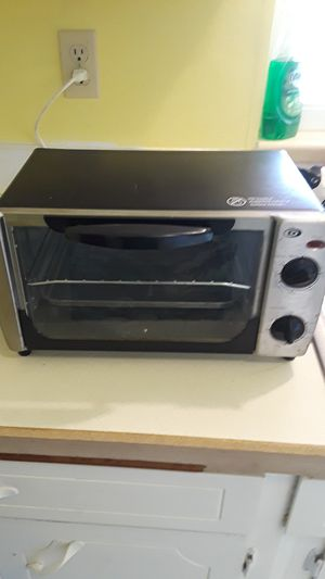 Small Toaster Oven for Sale in Tacoma, WA