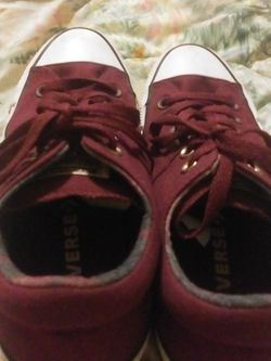 Nice Converse Tennis Shoes. Size 8 I Think Boys N Girl Pu Choctaw for Sale in Choctaw,  OK