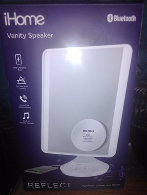 Brand new I home beauty mirror with wireless Bluetooth speaker for Sale in Maricopa, AZ
