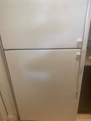 Refrigerator works perfectly for Sale in Cottonwood Heights, UT