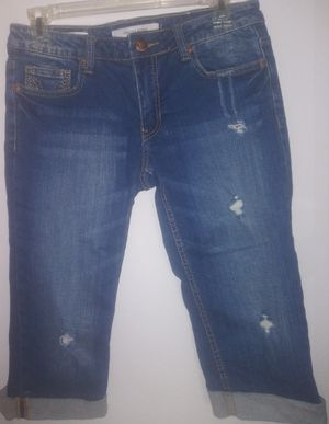 *NEW* 27-inch Waist Jeans for Sale in Desert Hot Springs, CA