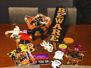 🎃FREE HALLOWEEN DECORATIONS🎃READ MY ENTIRE POST FIRST for Sale in Fort Worth, TX