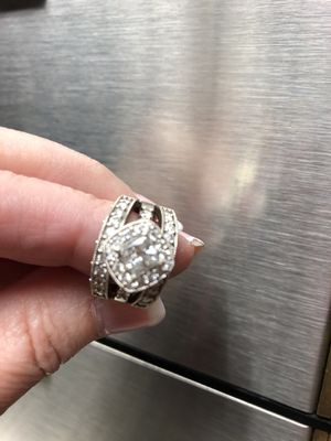 2.5 tcw diamond engagement ring with 2 wedding anniversary bands. Solitaire diamond is full stone at 1.5 tcw. for Sale in Dublin, OH