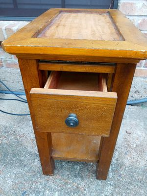 Entry. Table for Sale in Houston, TX