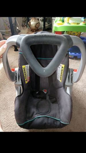 Baby trend car seat for Sale in Columbus, OH