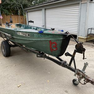 14ft Jon Boat for Sale in Fort Worth, TX