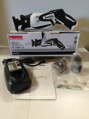 New Makita cordless recipro saw kit with 2 12V batteries and a charger!!!!! Pick up $90 firm!!!! Shipping offer $100 for Sale in San Bernardino, CA