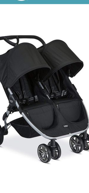 Britex double stroller for Sale in Los Angeles, CA