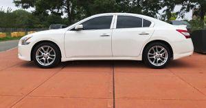 LikeNew 2O1O Nissan Maxima FWDWheelss for Sale in Abilene, TX