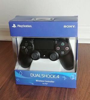 Original PS4 controllers. Brand New. Controles originales de PS4 Nuevos. for Sale in Miami, FL