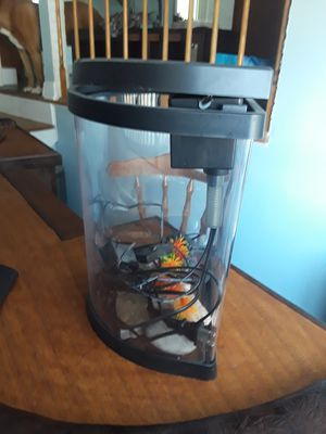 5gal fish tank for Sale in Oak Forest, IL