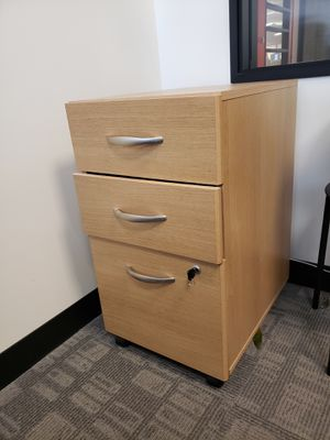 Light Oak Office Desk with File Cabinet for Sale in Costa Mesa, CA