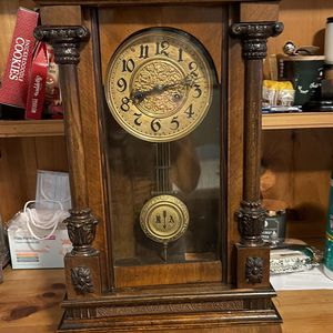 RA Vintage Clock for Sale in Memphis, TN