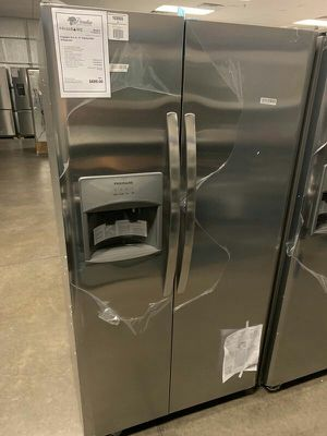 NEW Frigidaire Stainless Refrigerator 1yr Manufacturers Warranty for Sale in Gilbert, AZ