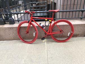 Fixed gear bike with accessories road less than ten times for Sale in St. Louis, MO