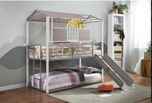 Twin bunk bed $599 (no mattress) for Sale in Apple Valley, CA