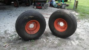 2 Kubota 3000 series tires for Sale in Willis, TX