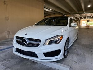 2014 Mercedes Benz CLA 250 AMG package like New for Sale in Miami, FL