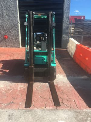 Mitsubishi Forklift for Sale in Coral Gables, FL