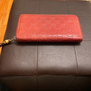 Gucci Guccissima Orange/Brown Leather Bamboo Tassel Zip Around Wallet for Sale in Los Angeles, CA