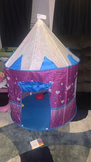 Princess castle play tent for Sale in South Gate, CA