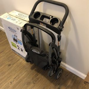 Graco Snugrider Elite Car Seat Carrier for Sale in Watertown, MA