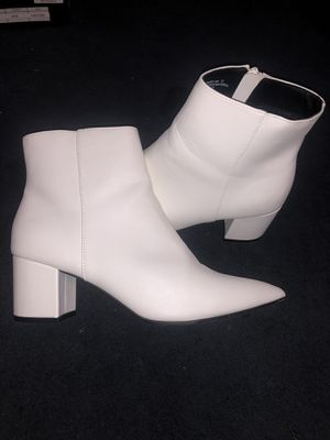 White Boots size 10w for Sale in Pomona, CA