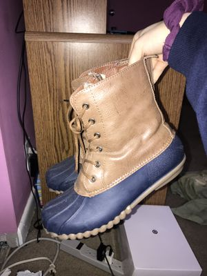 duck boots/rain boots for Sale in Hendersonville, TN