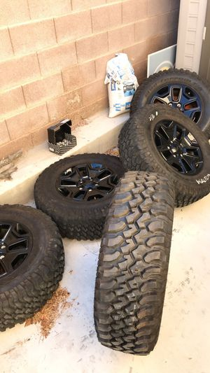 Jeep Willy's wheels and BF Goodrich mud terrain tires 255/75/17 for Sale in Las Vegas, NV
