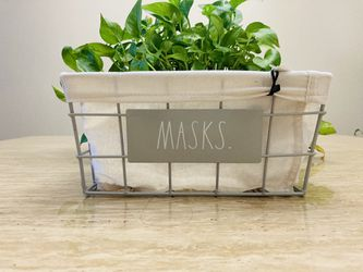 RAE DUNN MASKS Entryway Basket 🧺  for Sale in Miami, FL