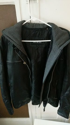 Guess faux leather jacket w/ hood SIZE L for Sale in Saint Petersburg, FL