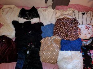 Bolsa de ropa de Mujer for Sale in Los Angeles, CA