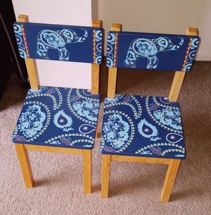 PIER ONE CLASSIC KID'S WOODEN CHAIRS SET OF 2 EXCLUSIVELY HANDMADE IN THAILAND 24X12 W/ELEPHANT PAISLEY OUT OF PRODUCTION for Sale in Pompano Beach, FL