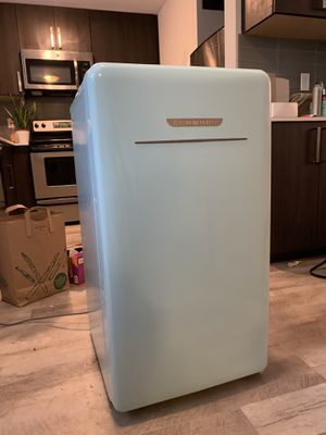 Pending pickup-Super Cute Retro Kenmore Mini Fridge with Ice Chest for Sale in Seattle, WA