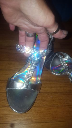 Size 8 1/2 Delicious heels for Sale in Peoria, IL