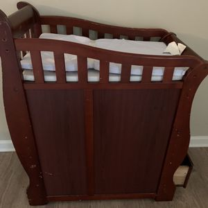 Wooden Baby Changing Table for Sale in Rockmart, GA