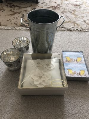 💥💥 MUST GO- Assorted Wedding Items 💥💥 for Sale in Raleigh, NC