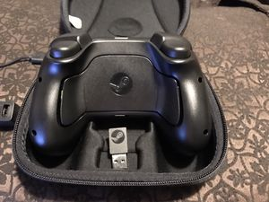 Valve Steam Controller with dongle and zippered case for Sale in Holyoke, MA