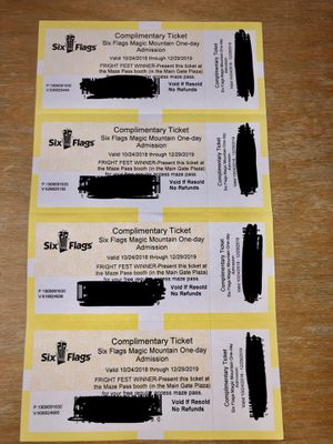 (4) Six Flags Magic Mountain Tickets for Sale in Los Angeles, CA