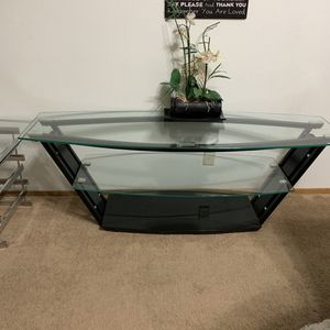 """60"""" Glass TV Stand for Sale in Aloha, OR"""