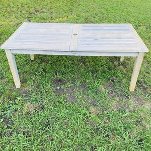 FRONTGATE ISOLA TEAK EXPANDABLE TABLE for Sale in Dallas, TX