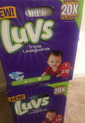 Luv diapers Size 1 for Sale in Alexandria, VA