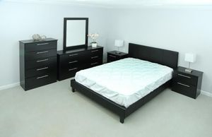 BEDROOM SET BRAND NEW! for Sale in South Miami, FL