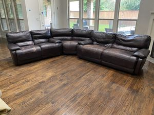 SOLD PENDING PICK UP - Three piece leather sectional sofa with auto reclining for Sale in Dallas, TX