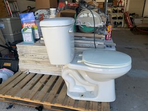 Toilet free for Sale in Winter Park, FL
