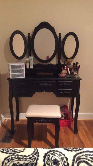 Makeup Vanity for Sale in Gastonia, NC